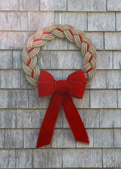 New England meets Chesapeake Bay for the perfect Coastal Christmas. This Natural Rope Wreath can be adorned with Red, Green or Navy Ribbon to match your decor. Handmade in Marblehead, MA.This Pin was discovered by DİL Rope Crafts, Wreath Crafts, Diy Wreath, Mesh Wreaths, Christmas Projects, Holiday Crafts, Diy And Crafts, Wreath Bows, Burlap Wreaths