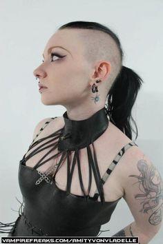Vampirefreaks #Goth girl Amity Von Vladelle