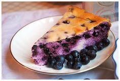 Cottage cheese pie with blueberries
