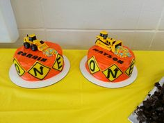 Made these for my twin nephews :-) Construction smash cake. First birthday. Dump truck cakes.