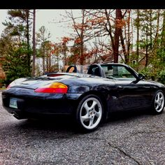 Shelly's beautiful 2001 Porsche Boxster. All cleaned up and topless.