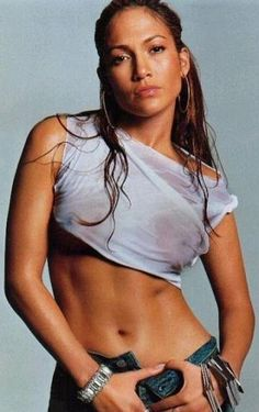 Jennifer Lopez - Can I have her abs, please?
