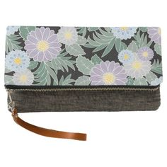 Bundle of Daisies clutch