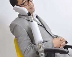 A handy rest arm that you can relax your chin or face on.