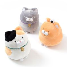 This time those adorable round kitties, the Hige Manjyu gang, have put on their… Kawaii Bedroom, Needle Felting Kits, Cute Stuffed Animals, Mode Shop, Anime Dolls, Cute Plush, All Things Cute, Fabric Dolls, Cool Items