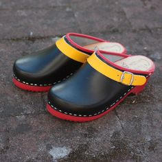 #skanetoffeln #clogs model #skåne with #adjustable #strap perfect for #everyone…