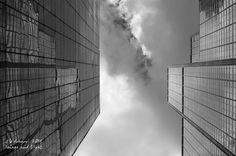 reflections on the loop  Nikon D5100, ISO 100, 55mm, f/13, 1/640 sec  |   s b dragoo  |  image-and-light.tumblr.com