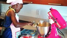 A tiny baker taking charge of her own dreams to have her own bakery  #cupcakes #cookies