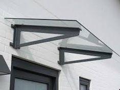 Resultado de imagen para como hacer tejado de madera PARA PUERTA Metal Door Awning, Porch Awning, Door Canopy Modern, Modern Door, House Canopy, Deck Canopy, House Entrance, Entrance Doors, House Window Design
