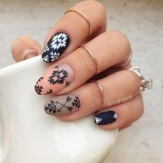 Having short nails is extremely practical. The problem is so many nail art and manicure designs that you'll find online Aztec Nail Designs, Aztec Nail Art, Tribal Nails, Cute Nail Art Designs, Black Nail Designs, Easy Nails, Simple Nails, Gorgeous Nails, Pretty Nails