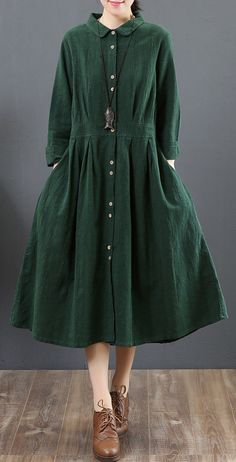 women green long linen dresses oversize lapel collar caftans casual tunic linen caftansMost of our dresses are made of cotton linen fabric, soft and breathy. Long Linen Dresses, Modest Dresses, Nice Dresses, Casual Dresses, Fashion Dresses, Iranian Women Fashion, Pakistani Fashion Casual, Muslim Fashion, Dresses Kids Girl