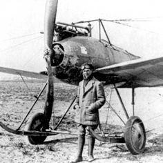 Fokker M2 met Anthony Fokker.jpg (599×599)