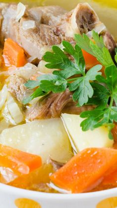 Slow cooker turkey soup. Turkey soup with vegetables and greens cooked in a slow cooker. Very healthy and delicious! #slowcooker #crockpot #dinner #turkey #soup #vegetables #healthy #diet #magicskilletrecipes Beef Steak Recipes, Chicken Drumstick Recipes, Rib Recipes, Slow Cooker Recipes, Lemon Garlic Chicken, Garlic Chicken Recipes, Slow Cooker Turkey Soup, German Potato Soup, Vegetable Seasoning
