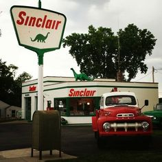 Looks like Grandad's truck except it's not a panel. Sinclair Gas Station in Cassopolis, Michigan, 1952.