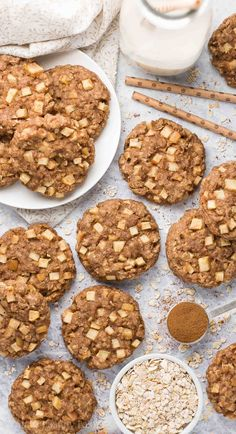 } Apple Pie Oatmeal Breakfast Cookies -- only 71 calories! Soft chewy & so easy to make! They're perfect for kids & quick grab-and-go breakfasts! (And they freeze well too! Healthy Oatmeal Recipes, Healthy Baking, Healthy Desserts, Healthy Breakfasts, Clean Eating Desserts, Eat Healthy, Vegan Recipes, Dessert Recipes, Clean Eating Breakfast