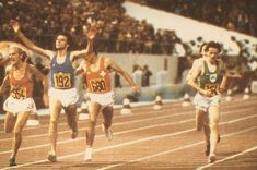 Venanzio Ortis (n. 192) Italy 13'.28''.52 Gold Medal@Markus Ryffel (n. 680) Switzerland 13'.28''.60 Silver Medal@Aleksandr Fedotkin (n. 554) Soviet Union 13'.28''.60 Bronze Medal@John Treacy (right) Ireland 13'.28''.83 4th place@2.9.1978 European Championships, Soviet Union, Switzerland, Ireland, Athlete, Bronze, Italy, Silver, Gold