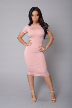 Barbara Dress- Blush in size XS. USE CODE XOGLAMTWINZ for 15% off