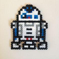 Star Wars R2D2 hama beads by jonb1966  http://handcraftpinterest.blogspot.com/