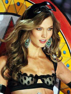 Victoria's Secret Fashion Show 2012: Karlie Kloss http://beautyeditor.ca/gallery/victorias-secret-fashion-show-2012/karlie-kloss/