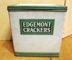 Edgemont Green Beige Cracker 7 1/2 x 7 3/4 x 4 1/4 Tin Made in USA Vintage 15.00
