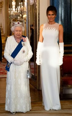 The Queen and Melania Trump Princess Margaret Wedding, American First Ladies, American Women, American History, Milania Trump Style, Royals, Queen And Prince Phillip, First Lady Melania Trump, Royal Families