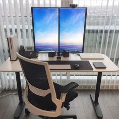 That monitor setup - @mrdeanjackson #minimalsetups