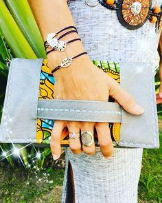 Marie créations sur Instagram: Il y a 2 ans … Commande spéciale pour un mariage. Sac pochette en wax et simili swaro gris argent. #mariecreations64 #sacsamains…