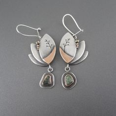 High end luxurious art jewelry earrings handcrafted by Beth Millner Jewelry. Jewelry Crafts, Jewelry Art, Gold Jewelry, Jewelry Accessories, Women Jewelry, Jewelry Logo, Pendant Jewelry, Jewellery, Custom Jewelry