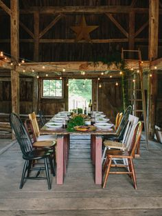 Read More on SMP: http://www.stylemepretty.com/living/2014/11/17/rustic-friendsgiving-inspiration-delicious-recipes/