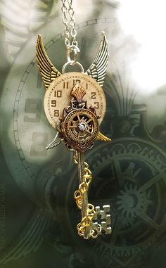 September TimeMarker Key by KeypersCove. I love this image because of the Steampunk Influence. The Colors of the key all flow really well together. It is also beautifully crafted and something I personally would love to wear. Key Jewelry, Cute Jewelry, Jewelery, Jewelry Accessories, Jewelry Making, Black Jewelry, Pearl Jewelry, Jewelry Sets, Steampunk Accessoires
