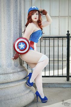Pin up cosplays cpt america