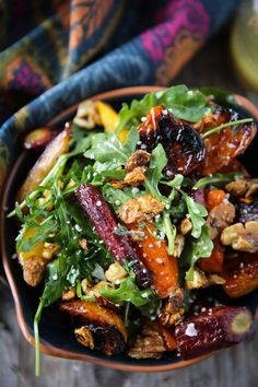 Roasted Beet & Carrot Salad with Honey Thyme Vinaigrette (+ Steamboat Springs Recap) - PaleOMG - Paleo Recipes Vegetarian Recipes, Cooking Recipes, Healthy Recipes, Warm Salad Recipes, Vinaigrette, Roasted Beets And Carrots, Roasted Carrot Salad, Beetroot And Carrot Salad, Roasted Beets Recipe