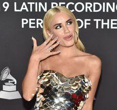 Camila Gallardo, Strapless Dress, Blonde Hair, Instagram, Wallpaper, Outfit, Hot, Dresses, Fashion