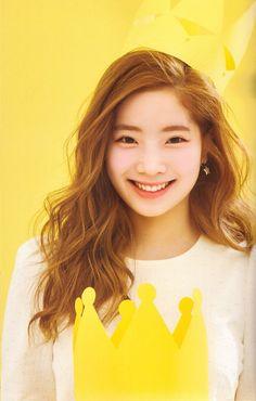 Dahyun❤️Indeed a princess Kpop Girl Groups, Korean Girl Groups, Kpop Girls, Twice Dahyun, Tzuyu Twice, Nayeon, Warner Music, Rapper, Chaeyoung Twice
