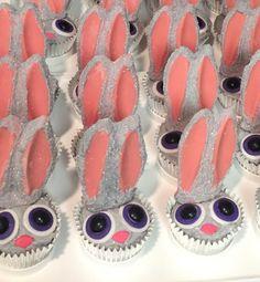 Zootopia Judy Hopps cupcakes