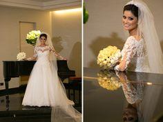 Noiva | Bride | Vestido | Dress | Vestido de noiva | Wedding dress | Bride's dress | Inesquecivel Casamento | Renda | Rendado | Vestido rendado | Véu | Véu de noiva | Grinalda | White dress | Vestido bordado | Bordado | Decote | Vestido branco | Vestido de manga comprida