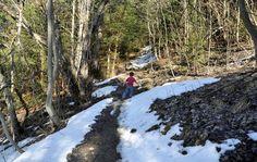 Balade famille à Megève au creux St Jean et pour terminer au sentier du calvaire. Entre neige et soleil, on a choisi une alternative au ski !