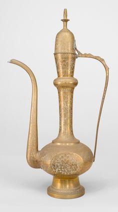 Middle Eastern Moorish/Syrian accessories urn/vase brass