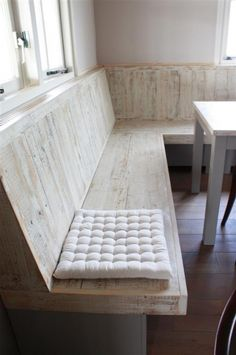 Kitchen furniture seating banquettes Ideas for 2019 Bench Seating Kitchen Table, Corner Kitchen Tables, Corner Bench Seating, Booth Seating, Built In Seating, Kitchen Benches, Corner Sofa, Kitchen Layout Plans, Paint Colors For Living Room
