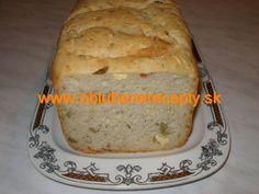 Chlieb s olivami a syrom