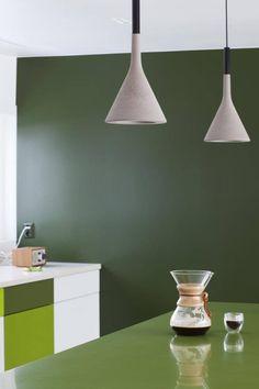 Fin grønnfarge på veggen