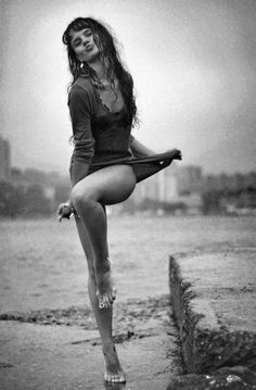 I love beautiful female legs. None of the pictures are mine. Wow Photo, Photo Blog, Foto Portrait, Dance Like No One Is Watching, Dancing In The Rain, Rain Dance, Lets Dance, Photography Women, Beautiful People