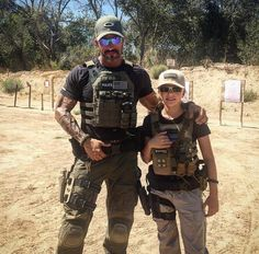 Bringing Manly Back : Photo Tactical Survival, Tactical Gear, Private Military Company, War Belt, Survival Clothing, Chest Rig, Plate Carrier, Writing Characters, Survival Equipment