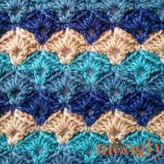 Oh My Blanket - free crochet pattern on Mooglyblog.com! JANUARY 13, 2017 BY: TAMARA KELLY
