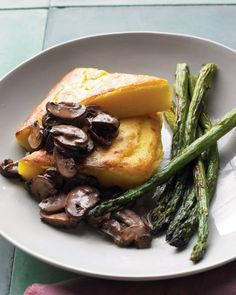 BROILER PLATES: SWEET AND SAVORY OVEN BROILER RECIPES: Polenta Wedges with Asparagus and Mushrooms