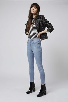 In a perennially cool high-waisted fit, the MOTO Jamie is the original rock n' roll skinny jean that we fell in love with all those years ago. Crafted in a super-stretchy cotton blend, for our signature soft denim feel – the iconic style includes multiple pockets, a top button fly and works for all occasions. #Topshop
