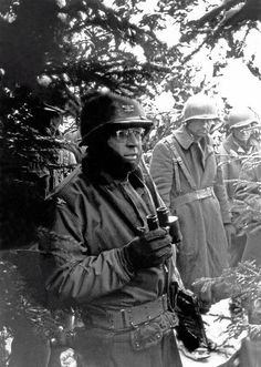 American GIs during the Battle of the Bulge, Ardennes, Belgium, World War II, December 1944.