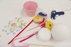 DIY Deko für den Valentinstag - Zuckerherzenbäumchen  Check more at http://diydekoideen.com/10-tolle-diy-deko-ideen-fur-den-valentinstag/