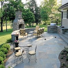 backyard seating ideas | ... ideas-with-circled-grey-paver ... - Backyard Stone Patio Ideas