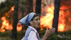 O país está coberto de fogo, fumo e cinzas. As condições meteorológicas anómalas…